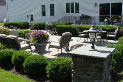 Bluestone Patio with Cultured Stone Piers in Southampton, NJ (1)