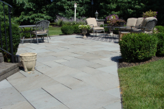 Bluestone Patio with Cultured Stone Piers in Southampton, NJ (4)