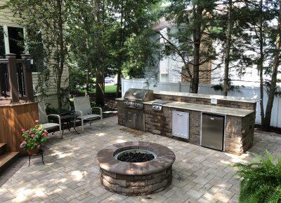 Outdoor Patio and Kitchen in Mount Laurel, NJ